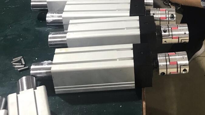 联轴器与电机相连的伺服直线式电动缸